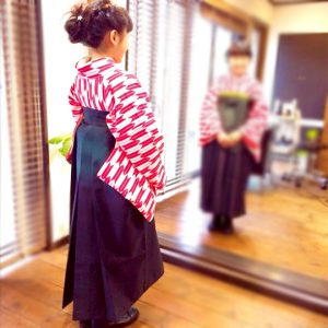 小学生の袴姿です
